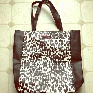 Victoria's Secret Bags - Victoria's Secret Shopping Tote